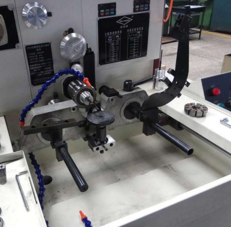 NEWDIAMOND-1800 horizontal honing machine is a perfect replacement for the SUNNEN 180X series honing machine